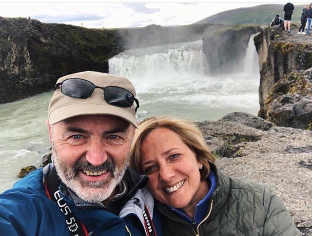 Celebrating their 34 years in Iceland 💛 #themostwonderfulparents #shiningexample