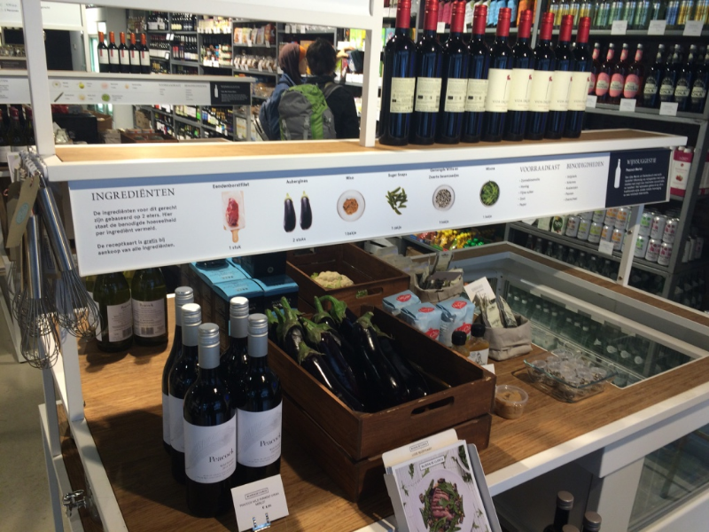 Ilhas com receitas porcionadas e sugestão de vinho - Bilder & de Clerq / Holanda
