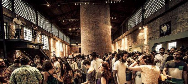 A sexta edição da feira Naturebas, realizada em agosto de 2018, contou com 46 produtores, sendo 27 internacionais e 19 brasileiros, e mais 26 importadoras (Crédito:    Enoteca Saint Vin Saint   ).