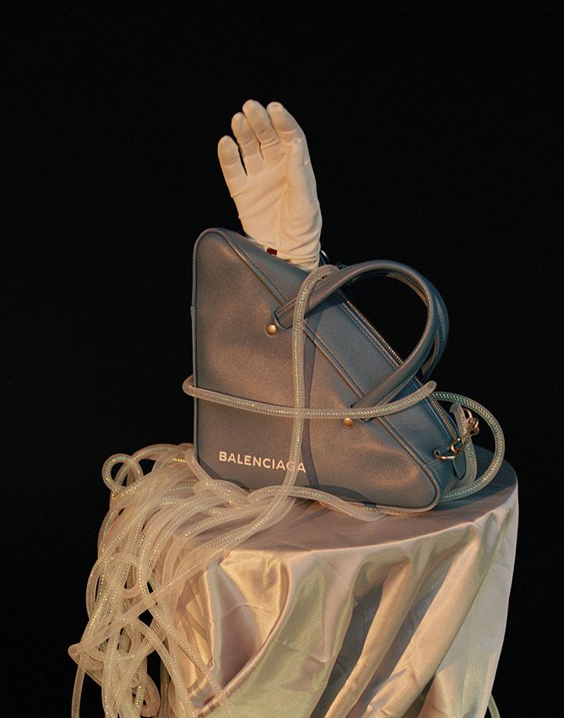 Picture 041 - 3 balenciaga bag (curve) 72.jpg
