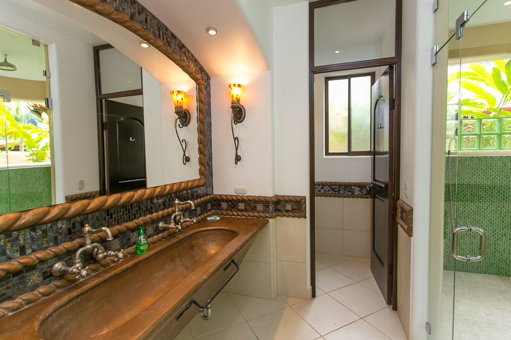 Suite Master Bathroom.jpg