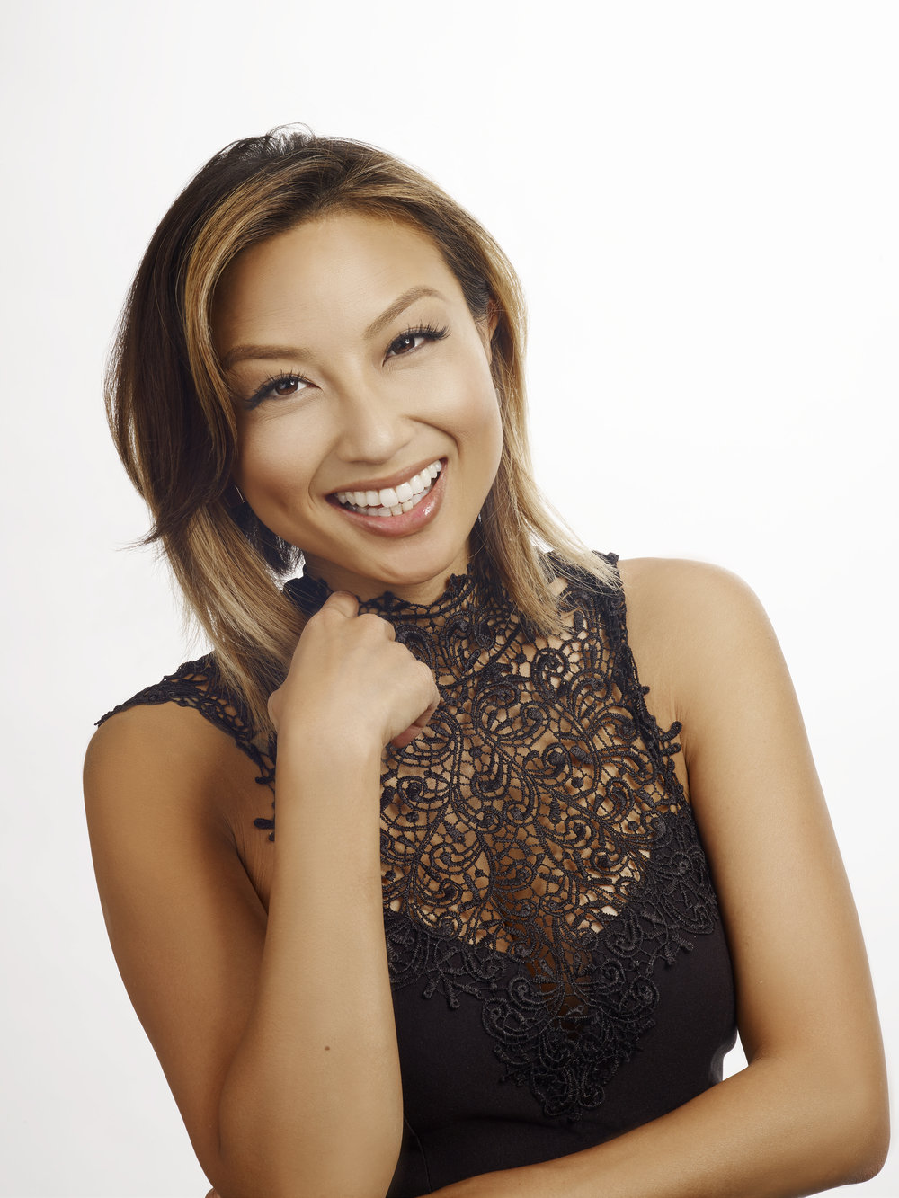 MORE: Style Expert Jeannie Mai Spills 5 Clever Holiday GiftingTips
