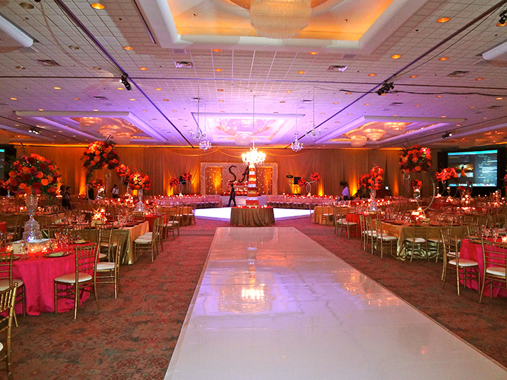 Wedding Reception for 800 Guests at Rosemont Convention Center