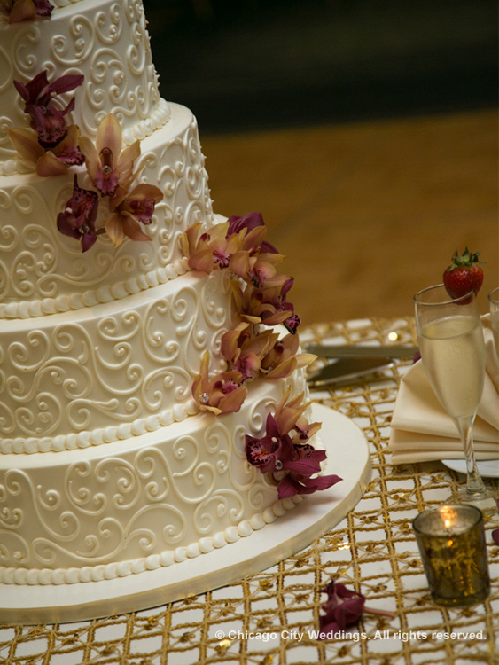 Simple and elegant cake design