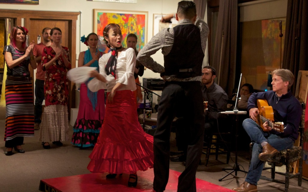 Matiz Flamenco performs
