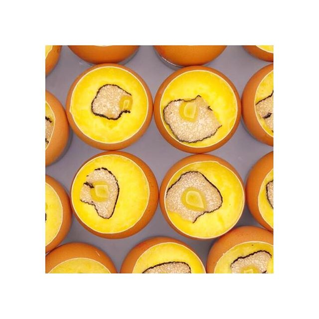 Thornton's Truffled Scrambled Egg, accompanying the Roast Bresse Pigeon smoked in Hay with Bog Oak Sauce on today's menu.  2 Course Lunch Menu €35 3 Course Lunch Menu €45 5 Course Tasting Menu €95  Photo by @kevinthornton5  #thorntonsrestaurant #lunch #truffle #scrambledeggs #freerange #irish #foodlover #apicbase #irishproduce #pigeon #haysmoked #bogoak #tastingmenu