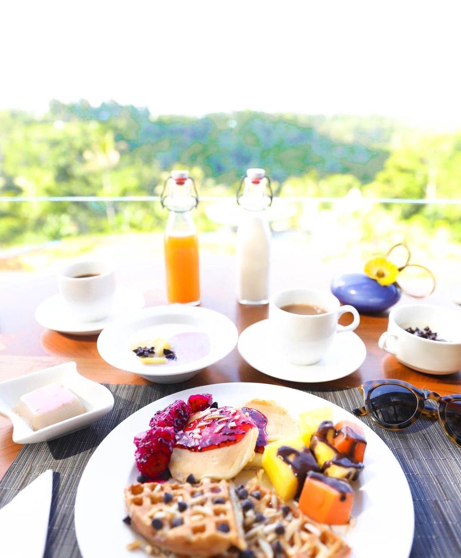 Breakfast at Padma