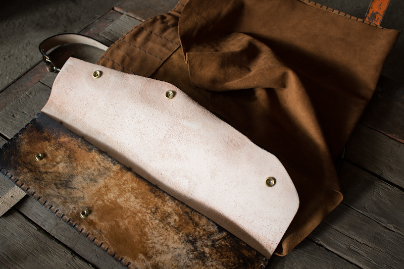 methuselah-tree-custom-leather-knife-roll-for-chefs-11.jpg