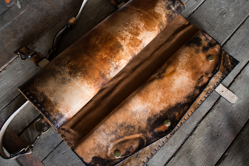 methuselah-tree-custom-leather-knife-roll-for-chefs-9.jpg