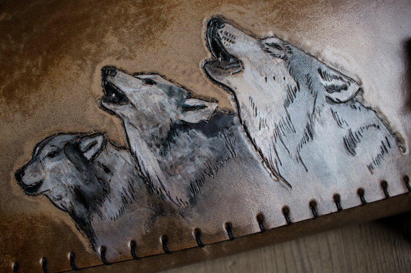 wolves-howling-leather-knife-roll-5.jpg