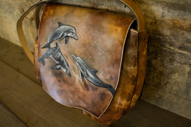 Dolphon Bag header
