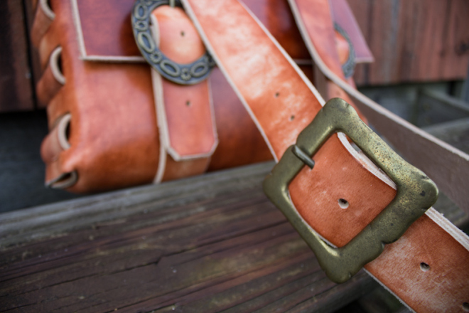 Leather Messenger Bag with vintage buckles-10