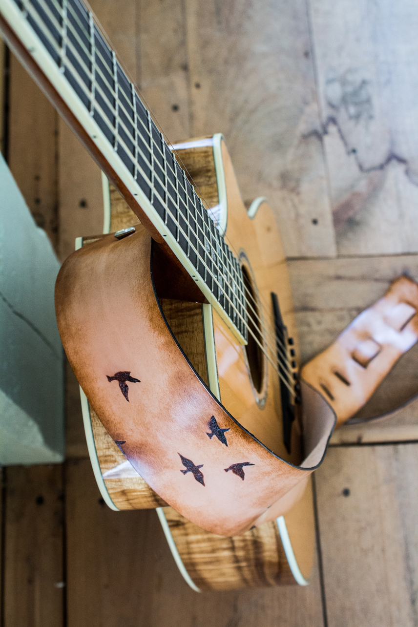 flying-birds-guitar-strap-51.jpg