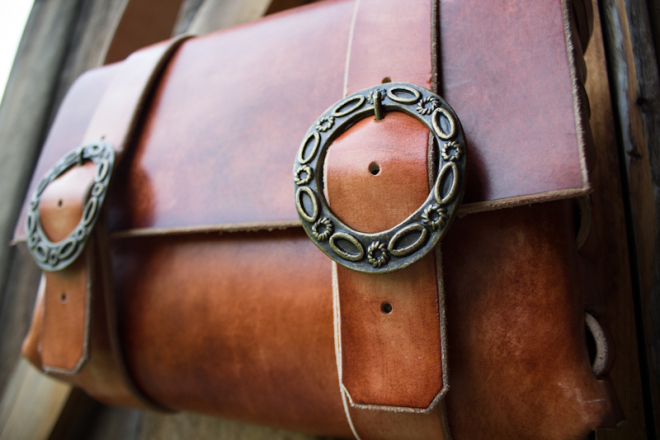 Leather Messenger Bag with vintage buckles-17