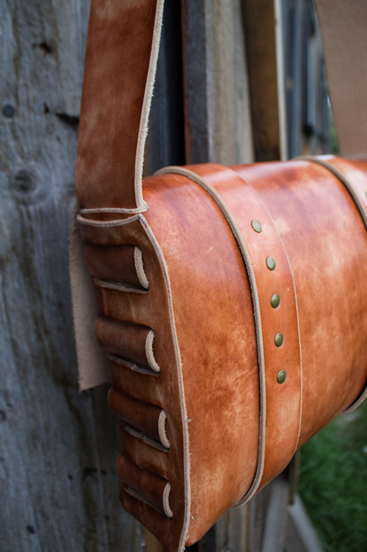 Leather Messenger Bag with vintage buckles-2