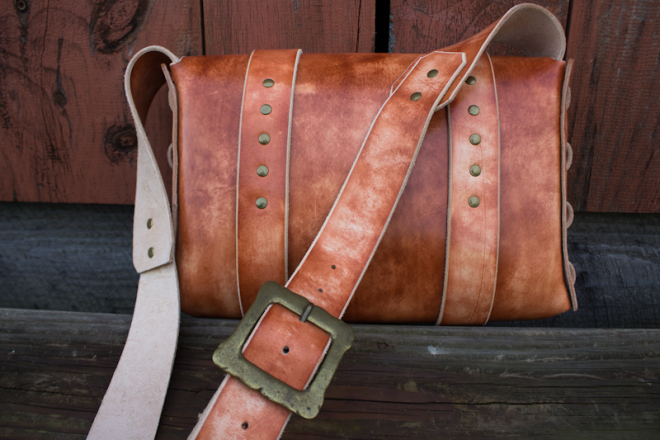 Leather Messenger Bag with vintage buckles-6