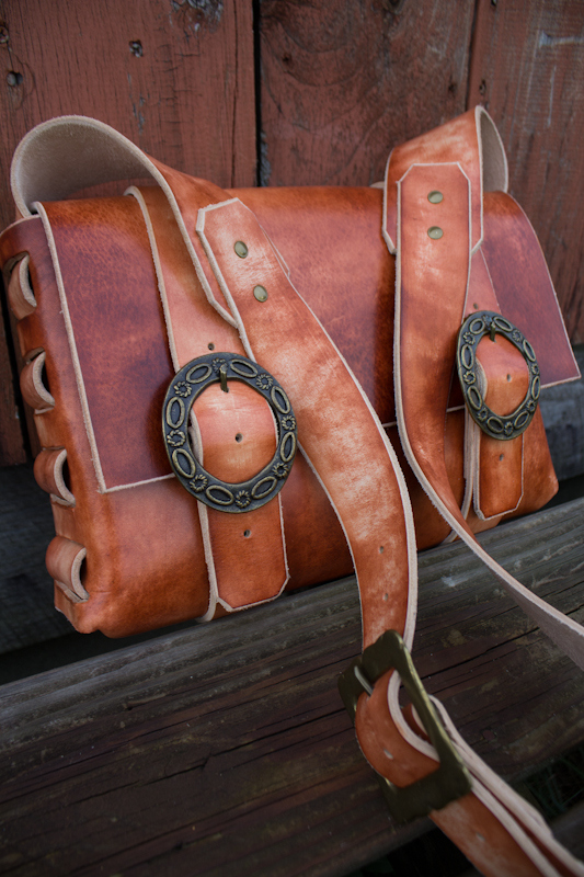 Leather Messenger Bag with vintage buckles-9