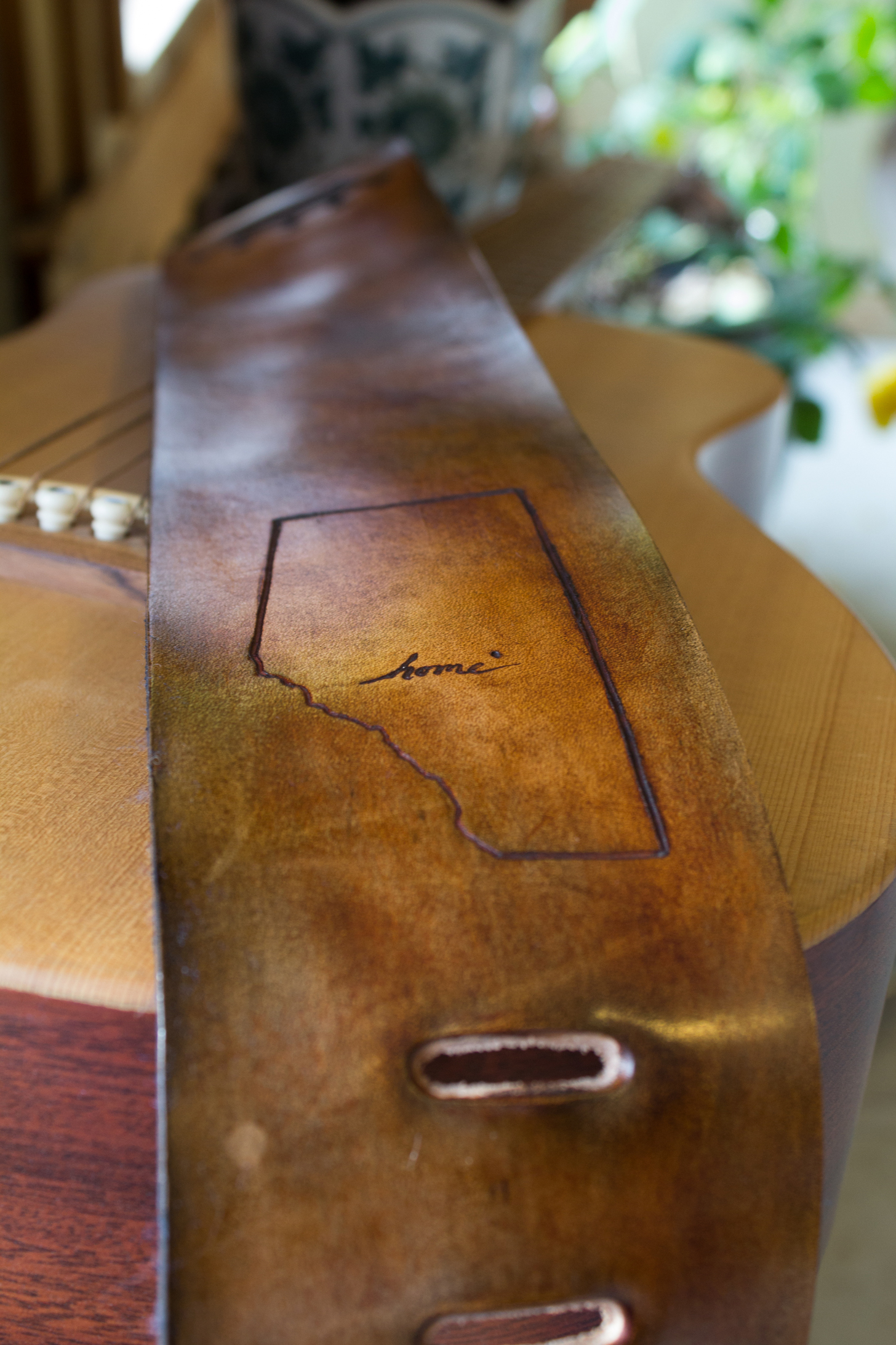 Alberta Custom Leather Guitar Strap