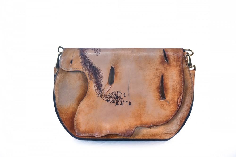 starlings-and-bridge-custom-leather-purse-e1446217835301.jpg