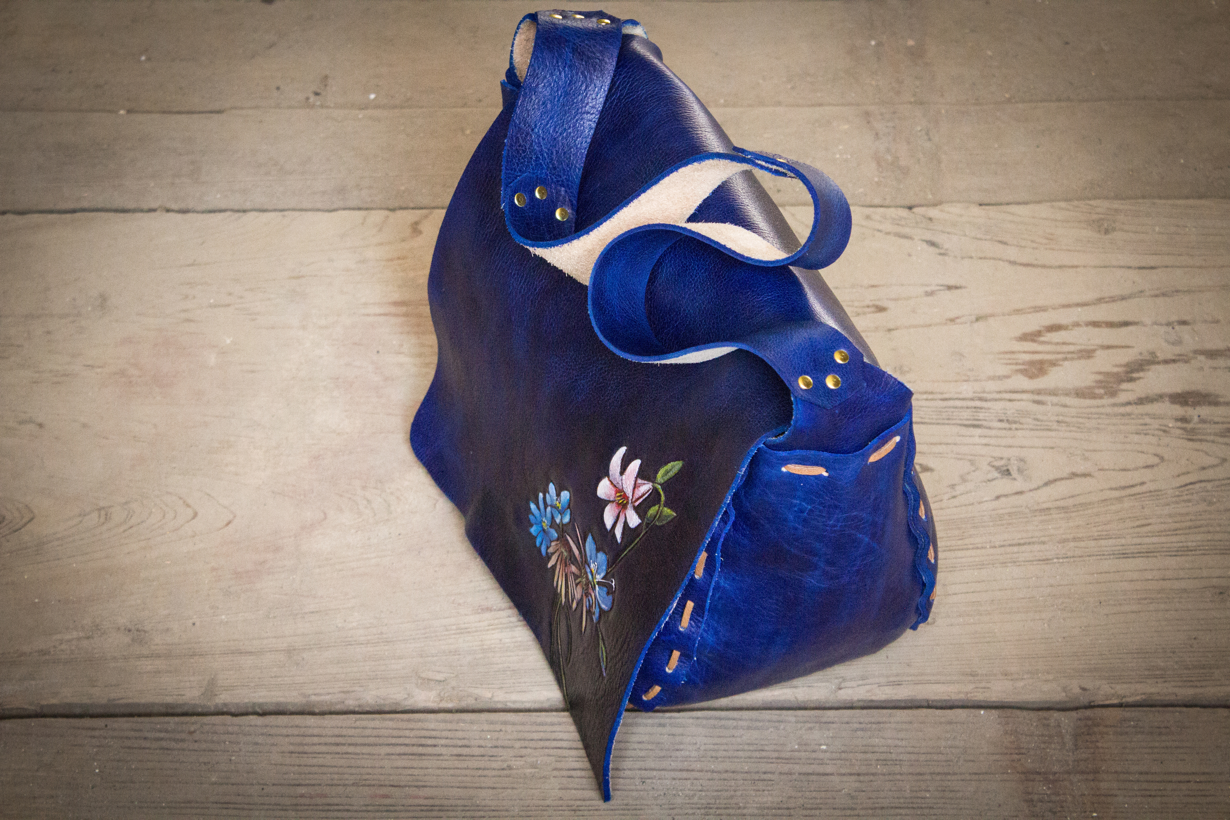 Blue Leather Tote Bag with flowers-10