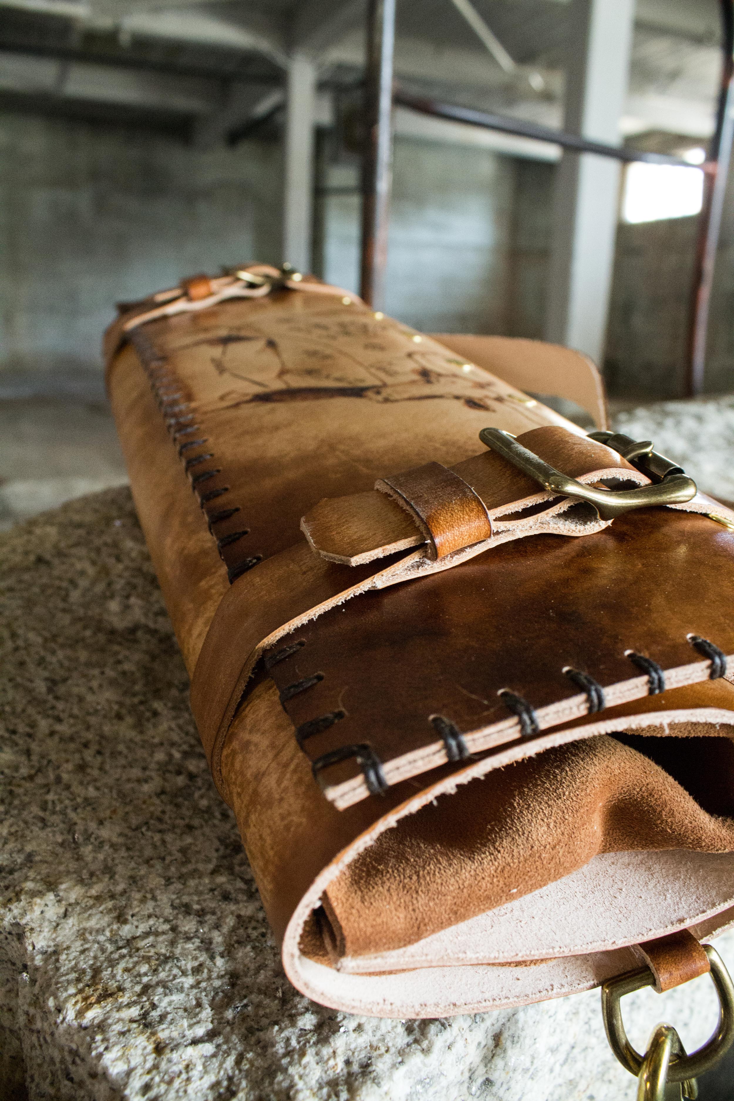 Longhorn bull leather knife roll-5