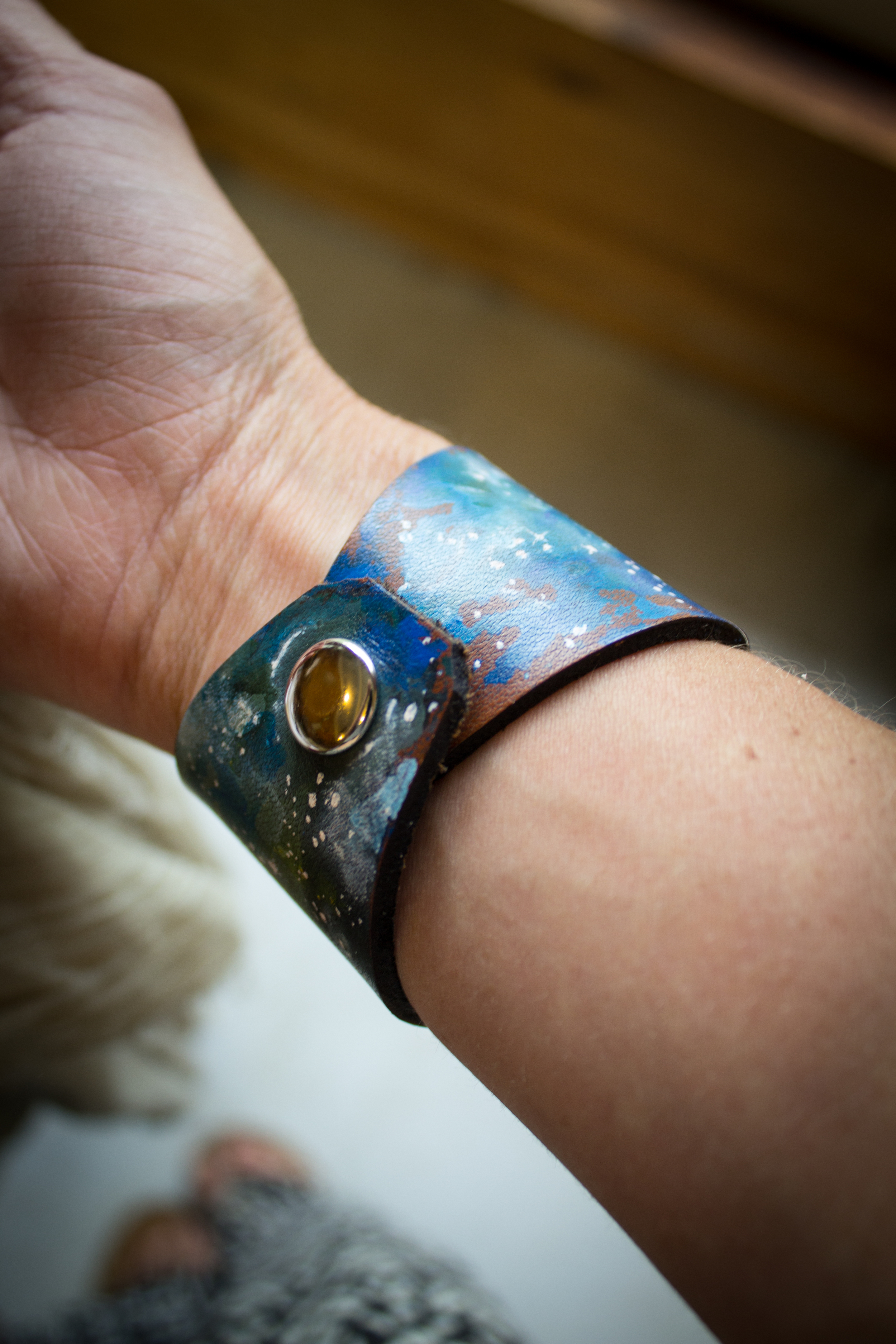 Crescent moon leather cuff-3