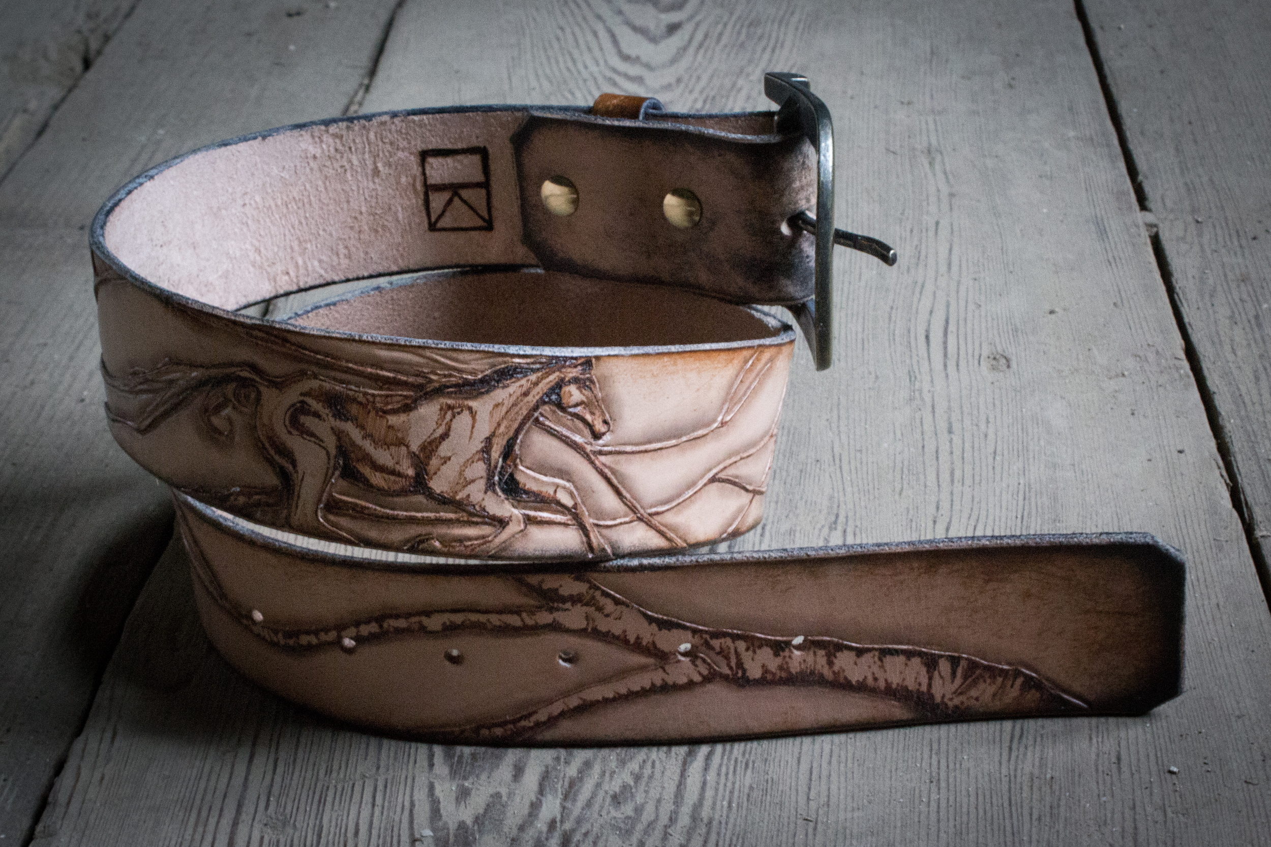 horse and raven leather belt-8