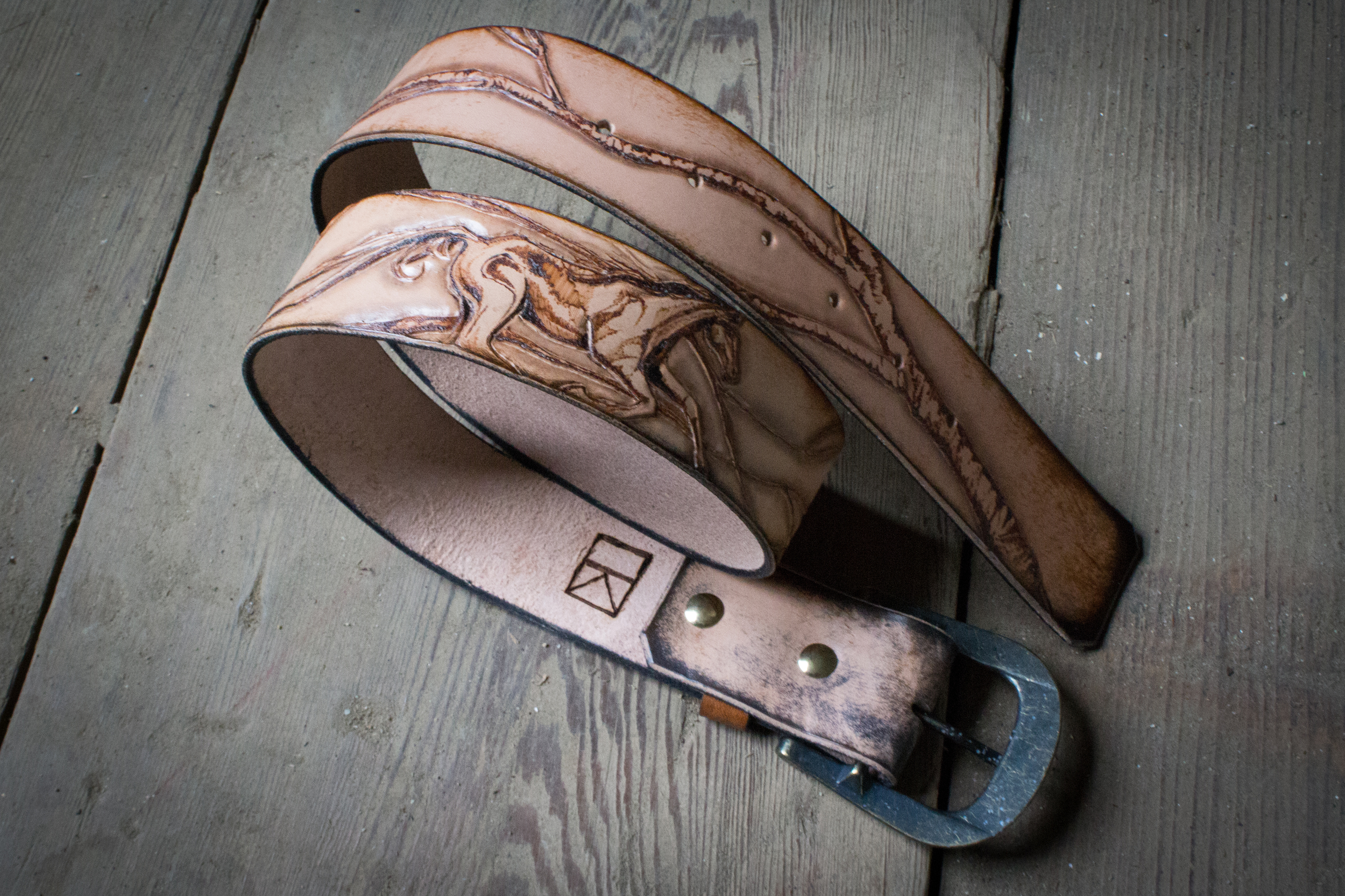 horse and raven leather belt
