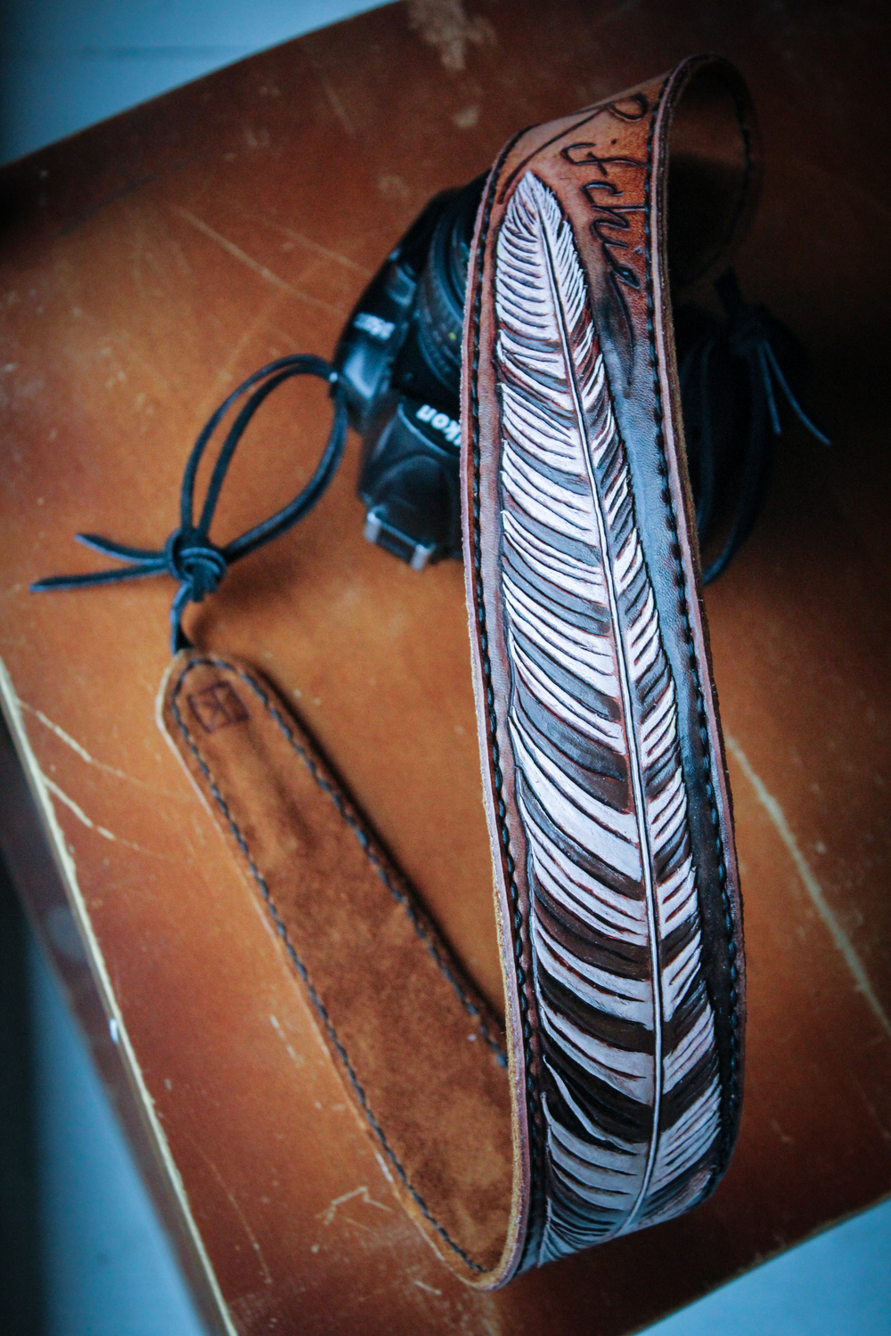 leather-camera-strap-tooled-feather-15.jpg