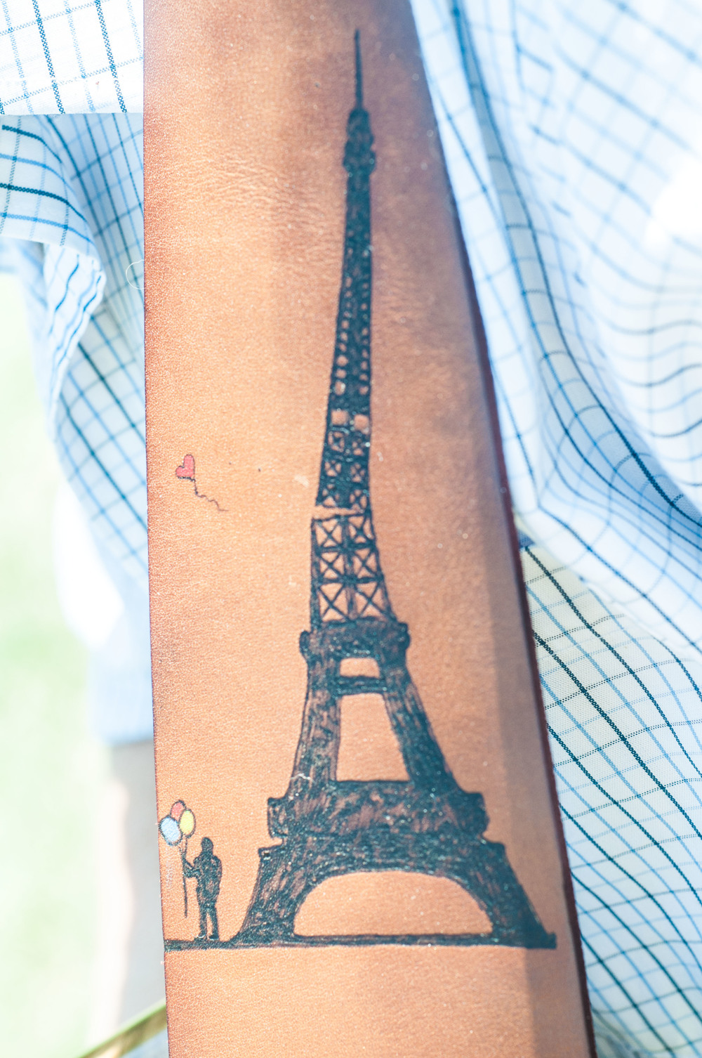 eiffel-tower-guitar-strap-5.jpg