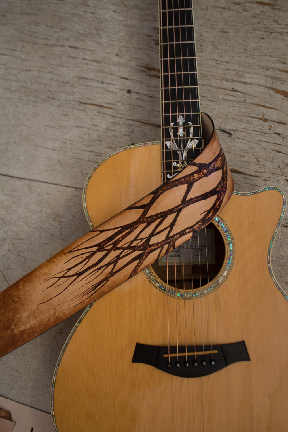 Leather guitar strap with tree pyrography-4.jpg