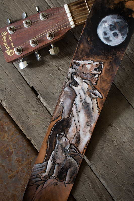 wildlife guitar straps wolves and tiger-2.jpg