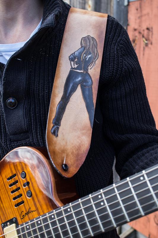 peachy bum guitar strap-2.jpg