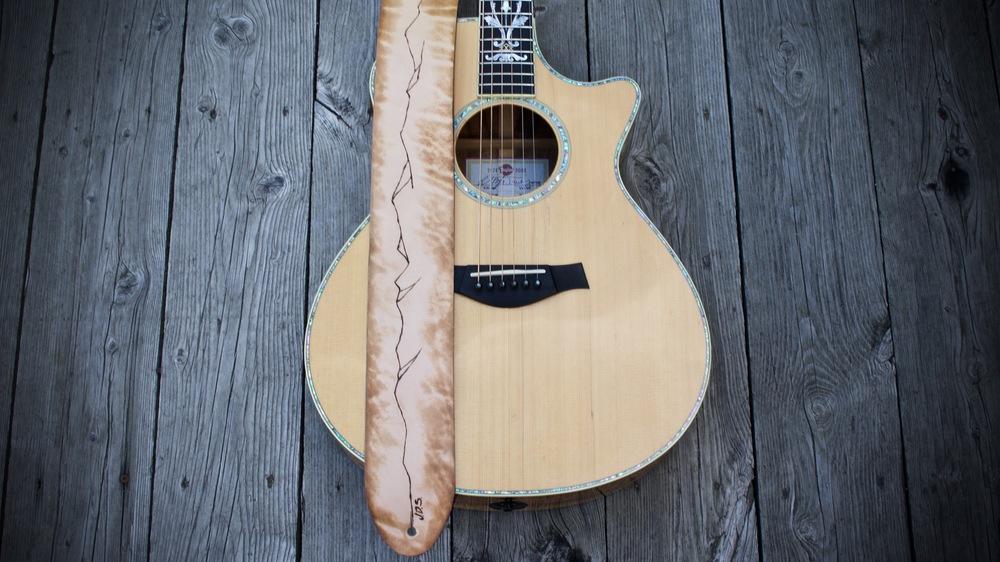 Mountain Ridge Guitar Strap  2.jpg