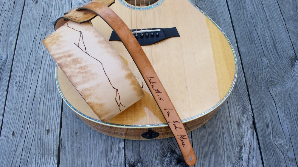 Mountain Ridge Guitar Strap  4.jpg
