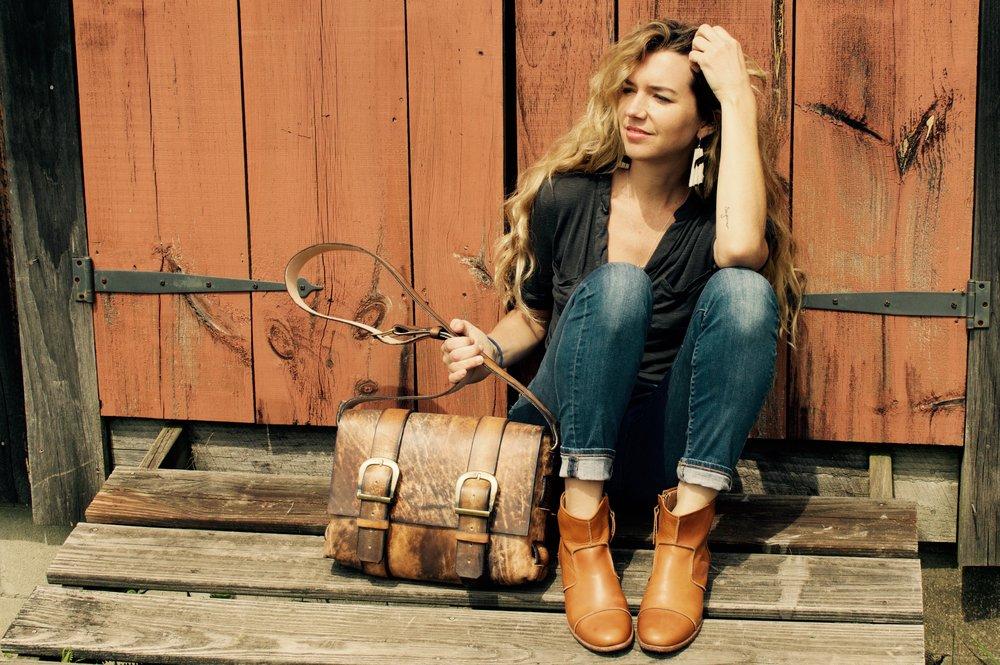 Leather Messenger Bag Linny Kenney