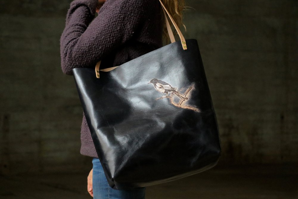 Black tote with bird 2.jpg