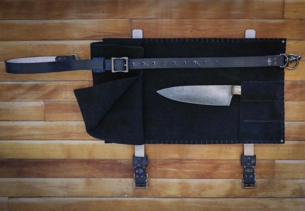 Wolf mini knife roll 6.jpg