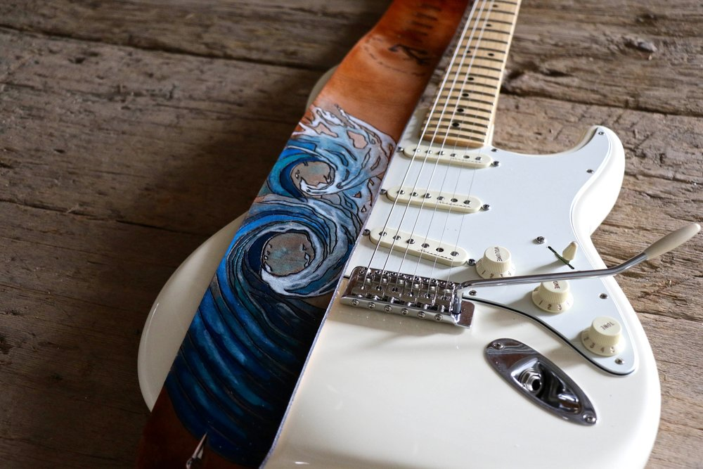Wave Guitar strap 6.jpg