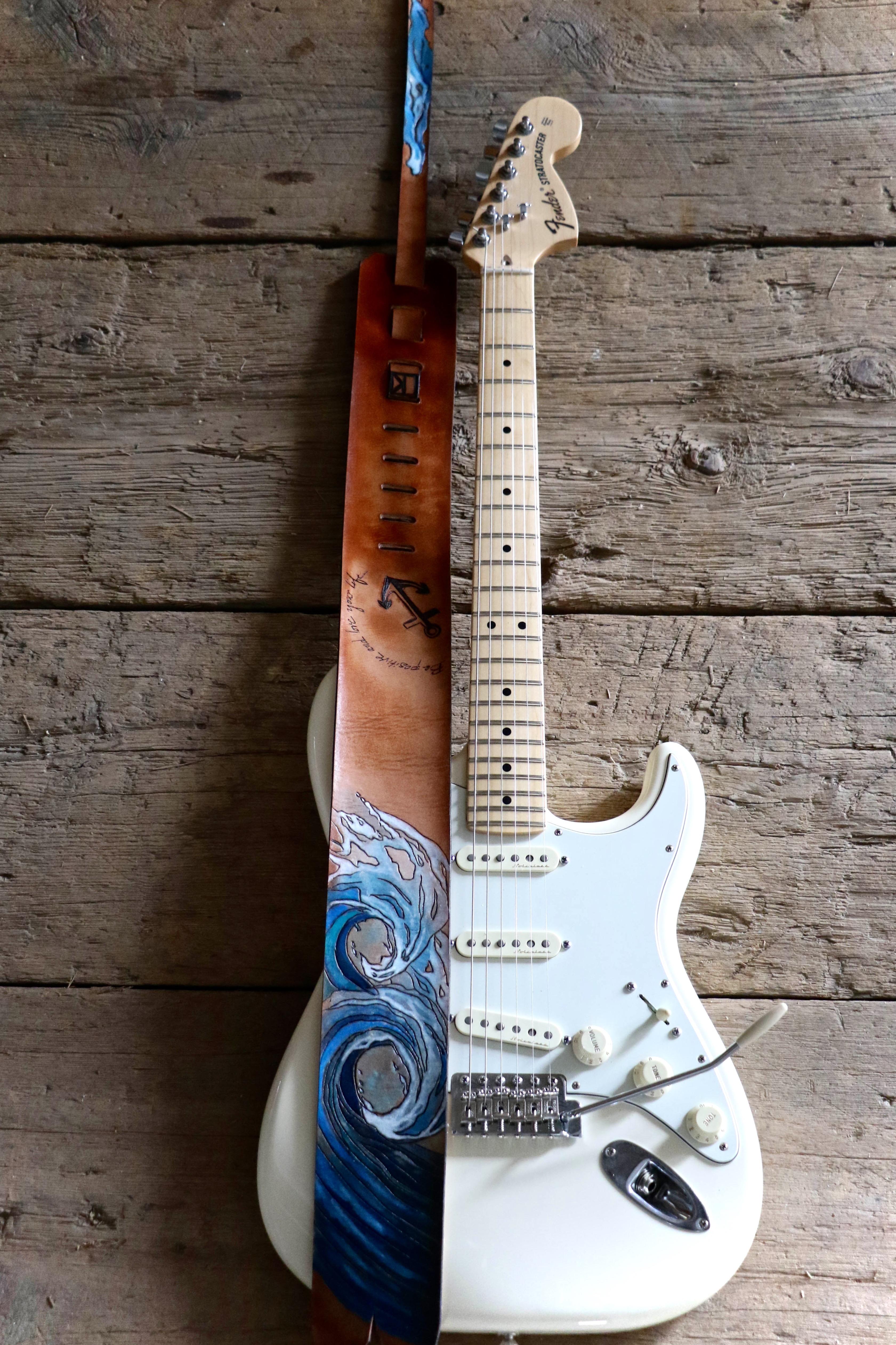 Wave Guitar strap 5.jpg