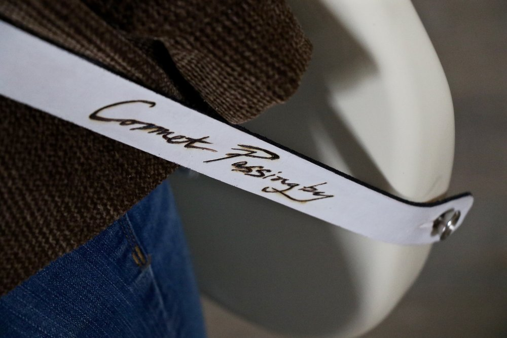 Comet guitar strap 8.jpg