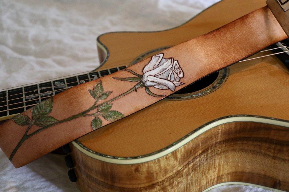 white rose guitar strap 2.jpg