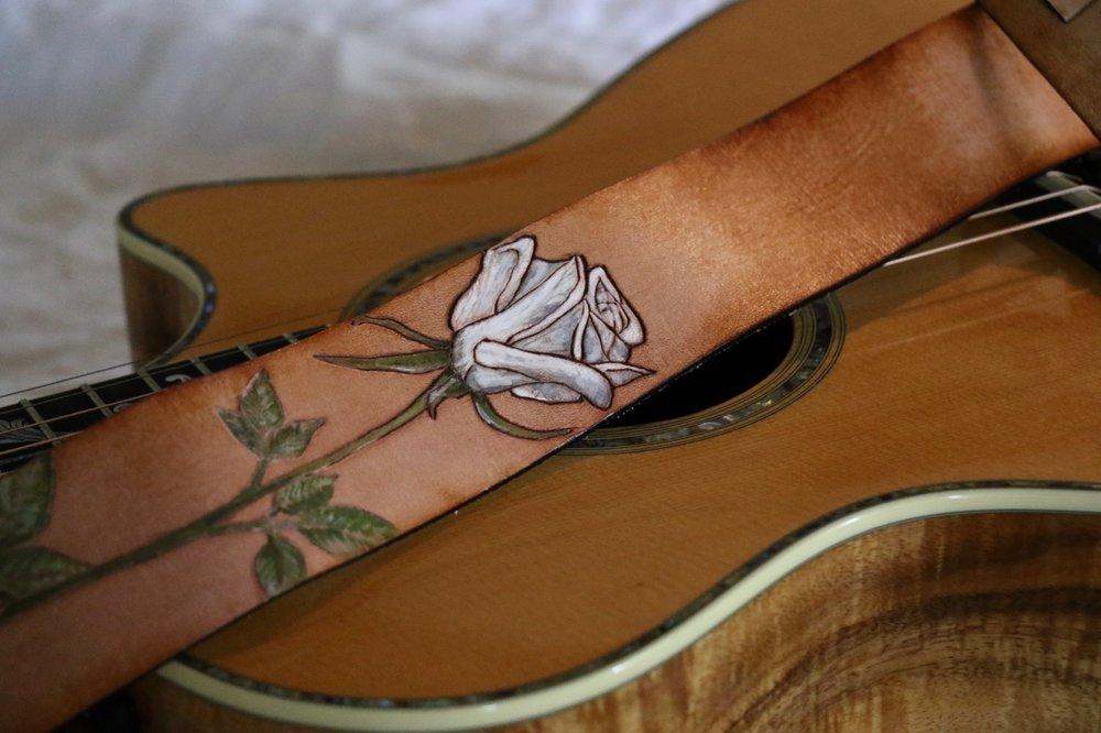white rose guitar strap 3.jpg