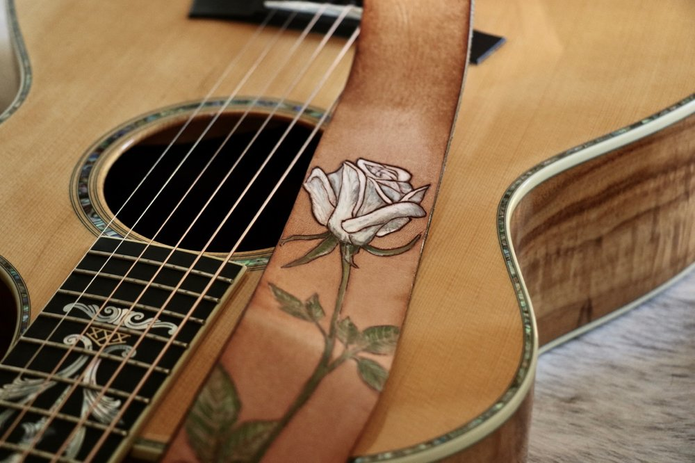 White Rose Guitar Strap