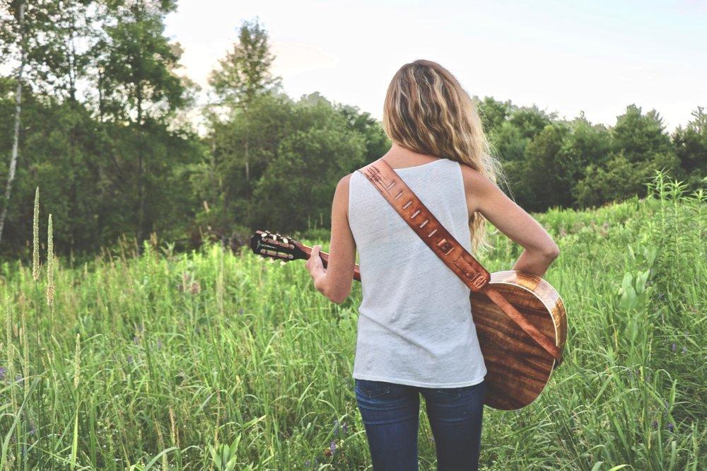 Tree Guitar Strap 3.jpg