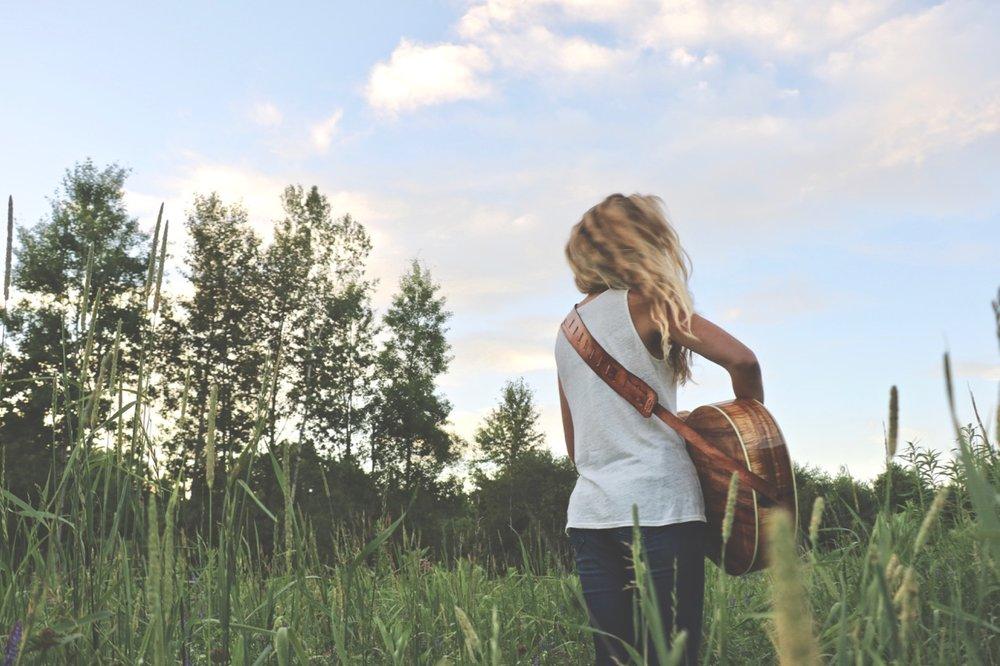 Tree Guitar Strap 4.jpg