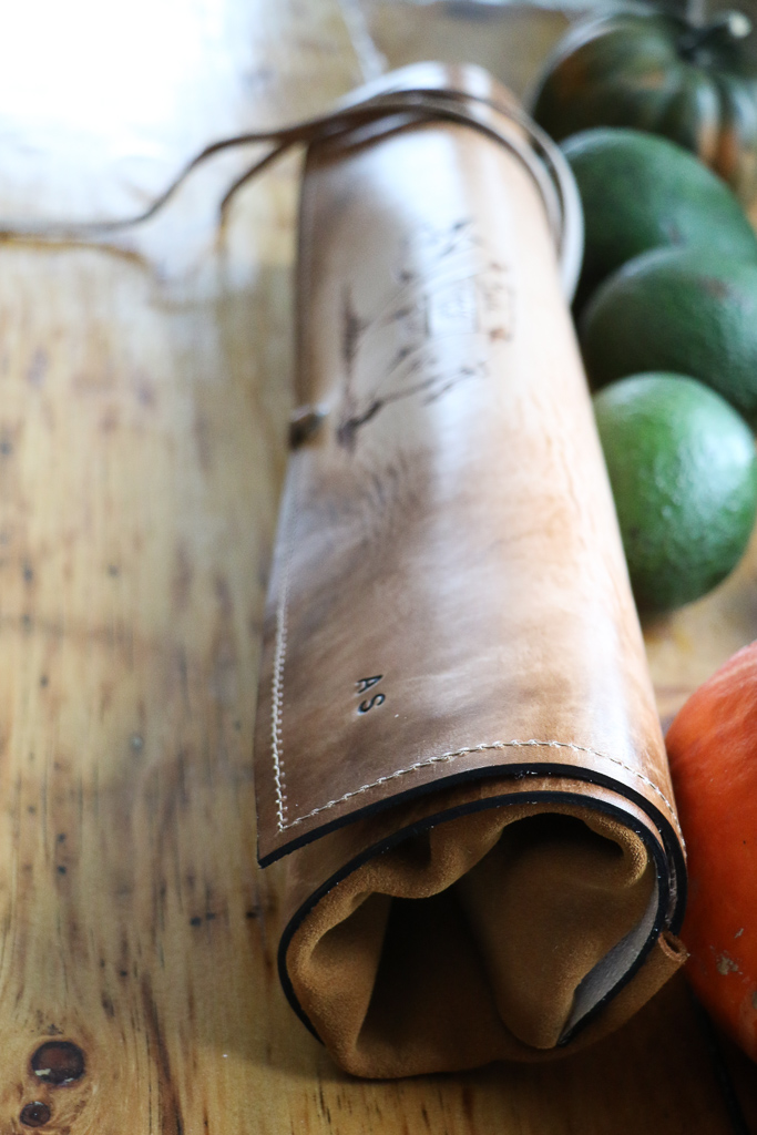 butcher's leather knife wrap