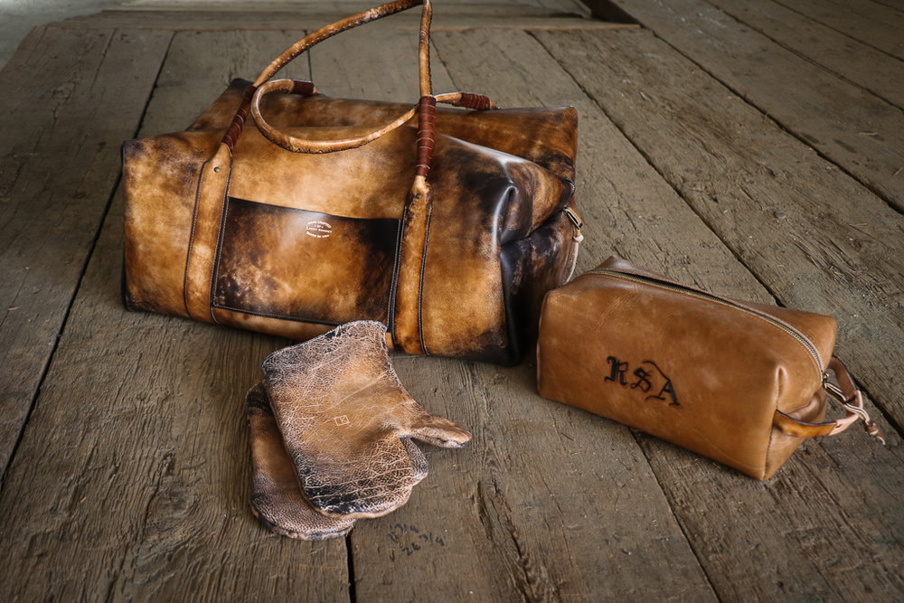 Leather weekender bag and leather dopp bag