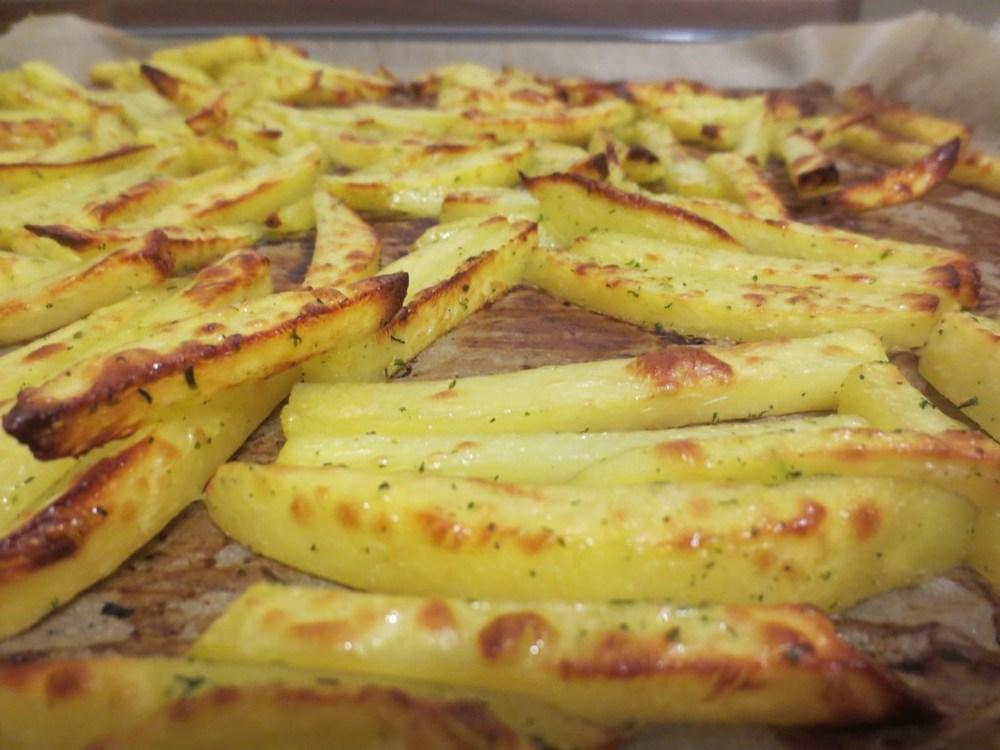 mini-2014-03-06-Homemade-French-Fries-im-Backofen-14-IMG_6386.jpg