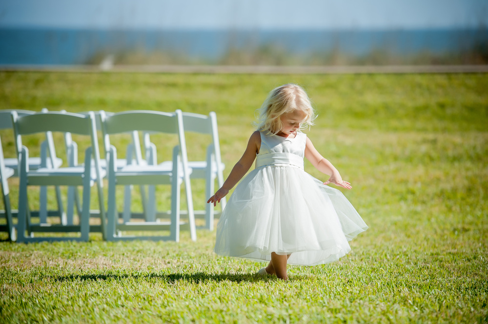 Laura and Robbie wedding flower girl.jpg